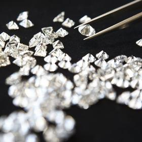 Graded diamonds in Berkshire and Buckinghamshire